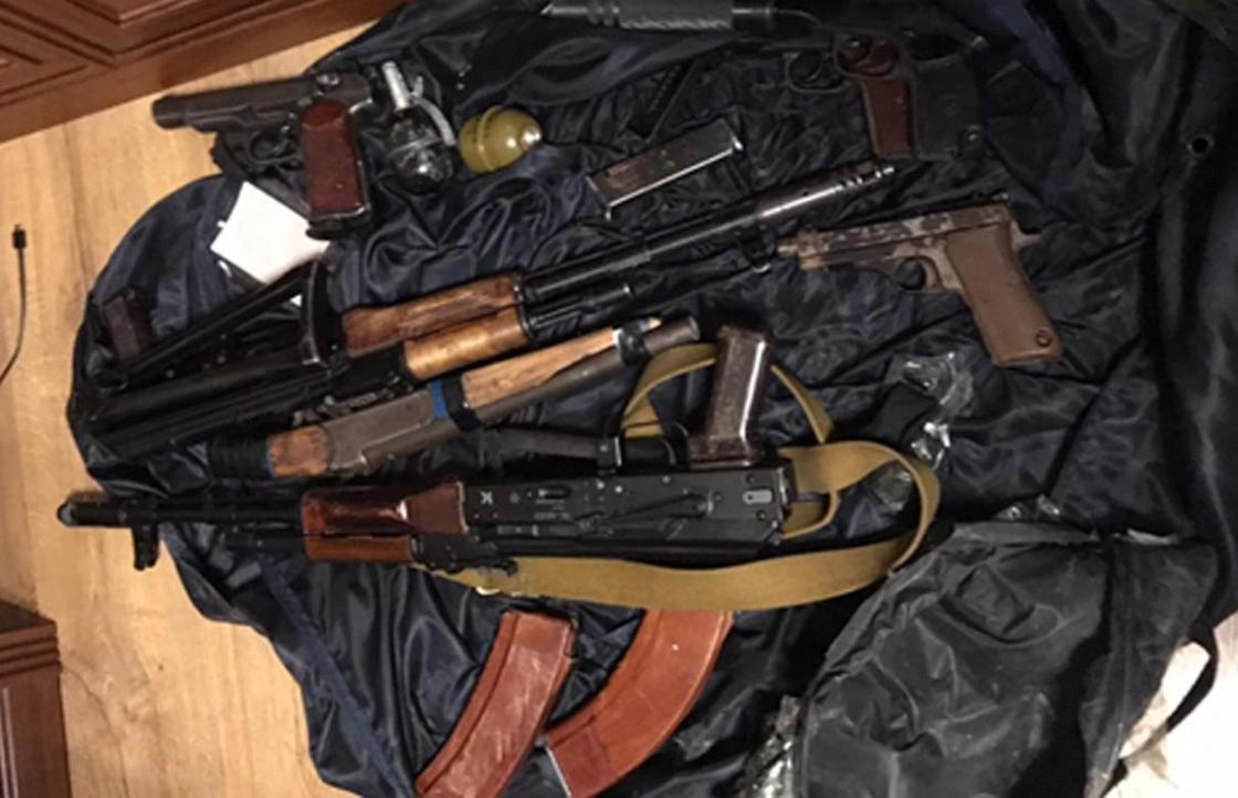 Участников ОПГ задержали в Алматинской области