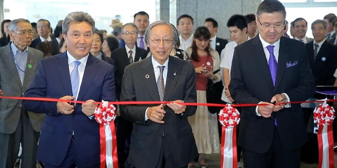 Фондовая выставка Библиотеки Елбасы открылась в Токио