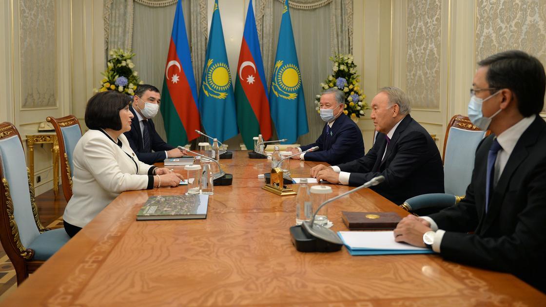 Елбасы встретился с председателем милли меджлиса Азербайджана