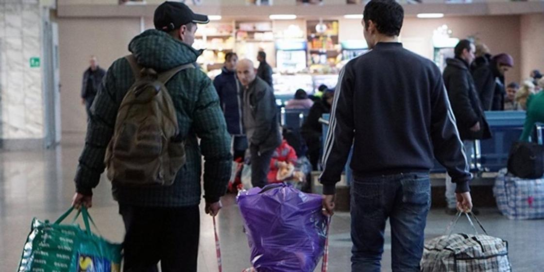 СМИ: Число россиян увеличат за счет переселенцев из Казахстана