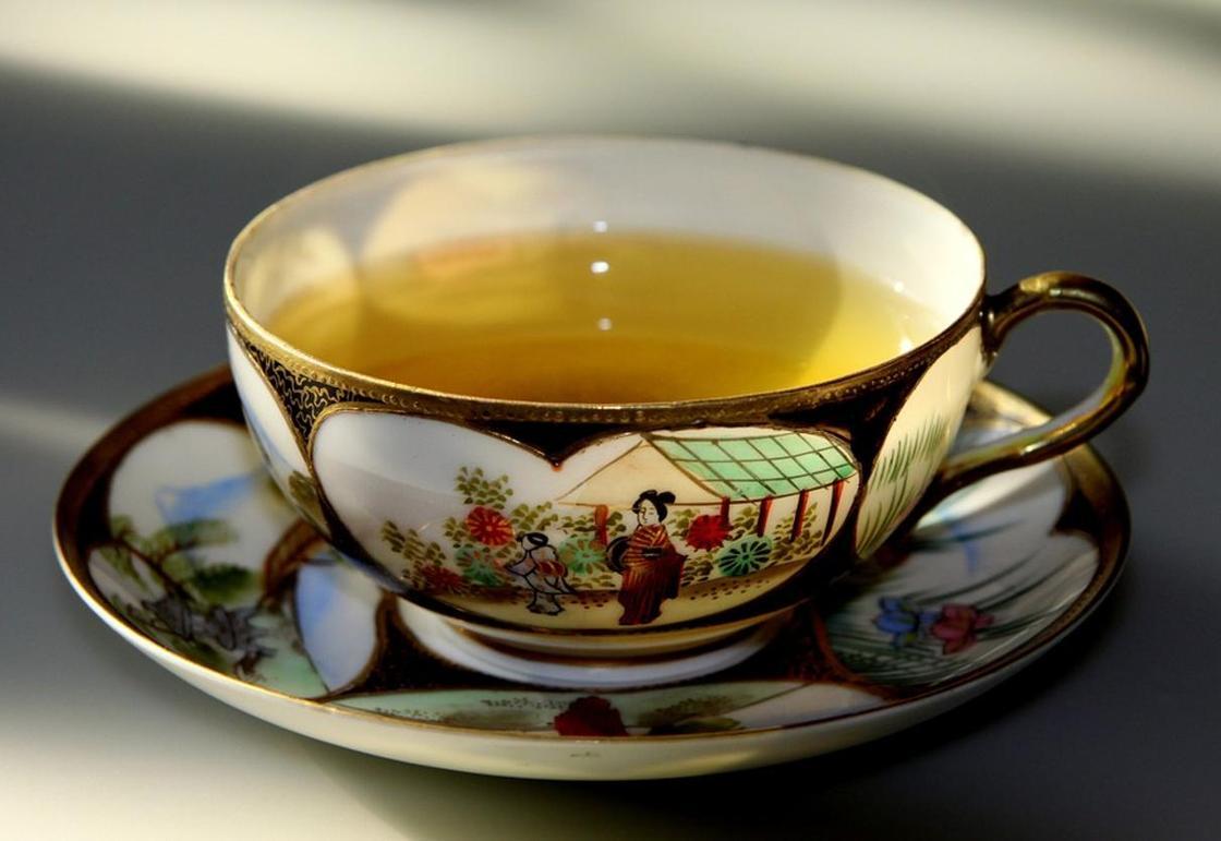 Иван-чай: польза и вред для женщин