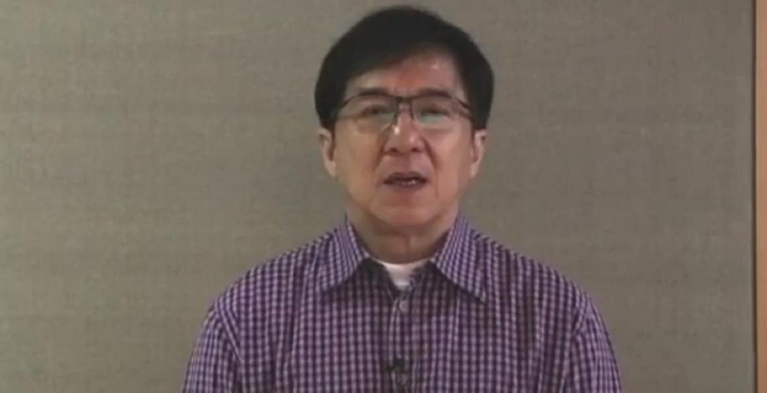Джеки Чан записал видео для казахстанцев