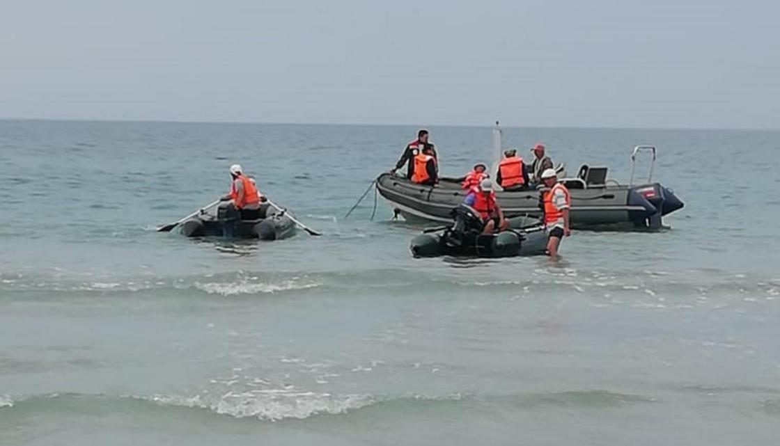 Тело 19-летнего парня, утонувшего в море, нашли спасатели Актау