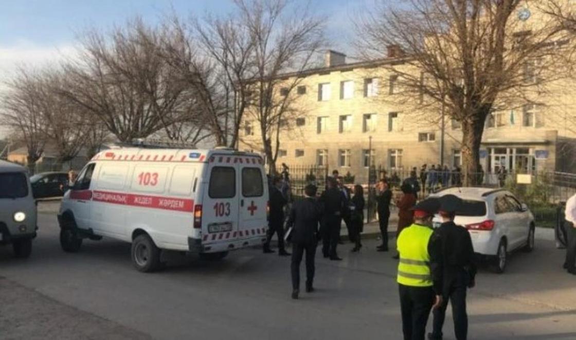 Разъяснения по массовому отравлению детей в школе дали в Шымкенте