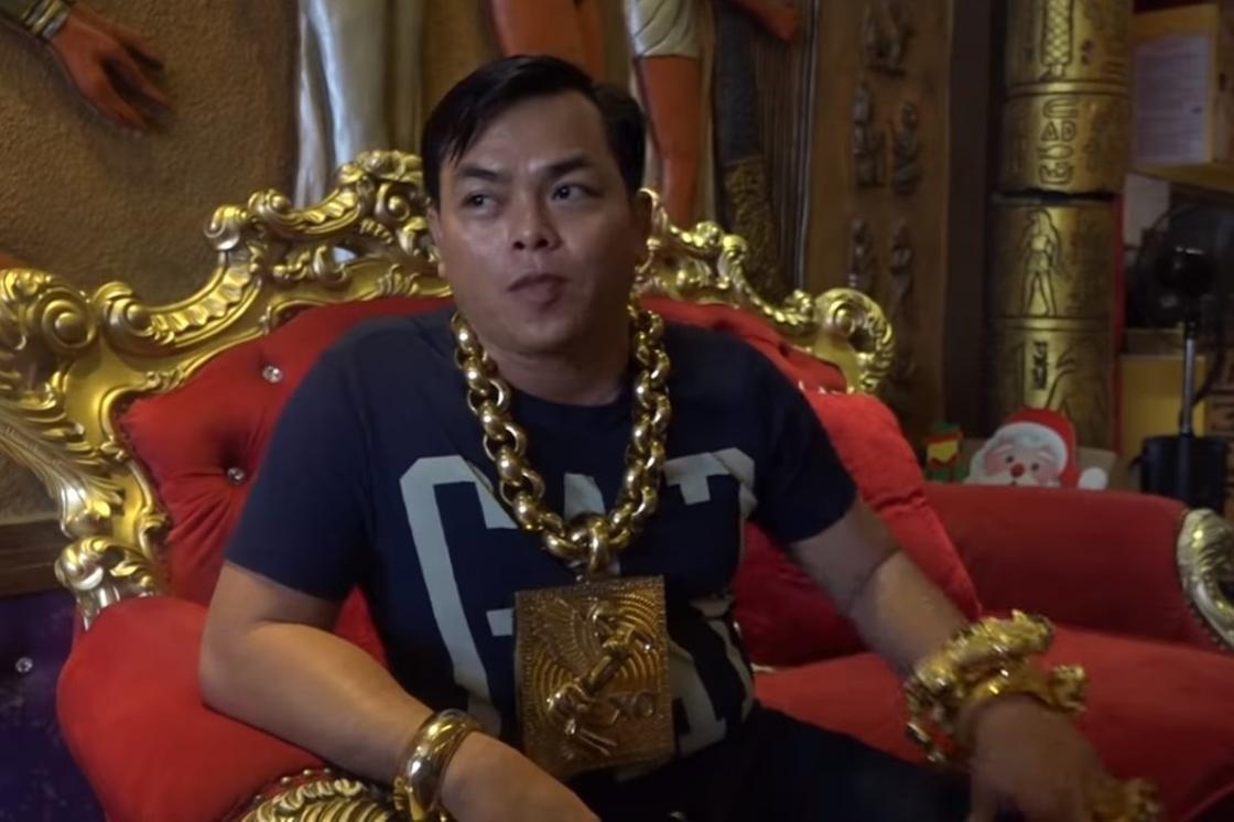 13 келі алтынға оранған бизнесмен жайлы не білеміз