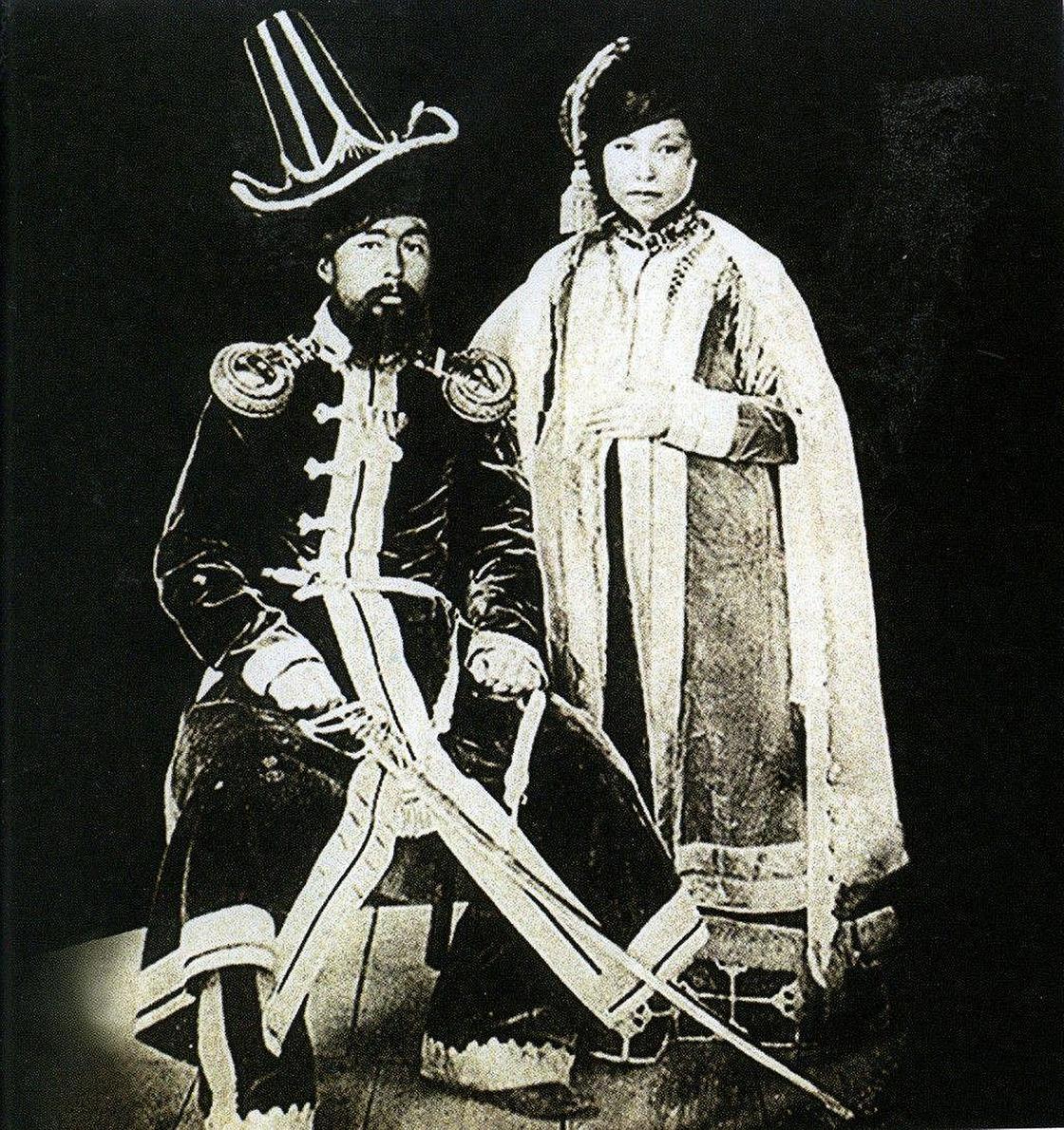 Фото Жангир хана и его жены