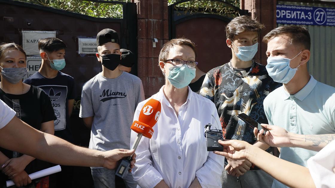 Против закрытия единственного в Алматы детского дома выступили его воспитанники