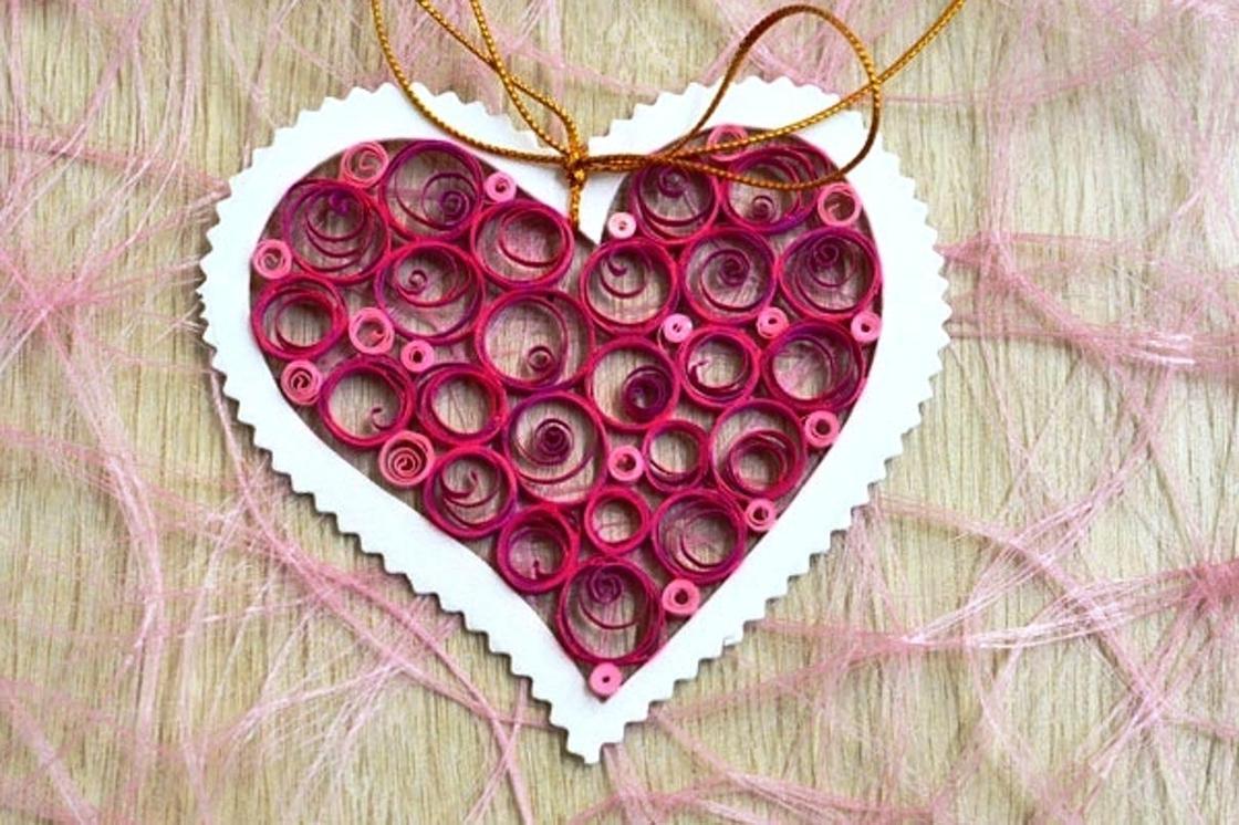 Открытки на День Валентина своими руками в технике виллинг