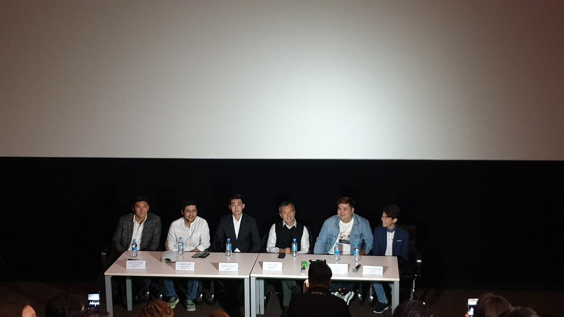"""Пресс-конференция после показа """"Каникулы off-line"""". Фото: NUR.KZ"""