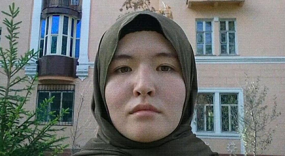 """Казахстанка в хиджабе: Если я буду писать """"надо норм одеваться и насилия не будет"""" - сразу пошлите меня"""