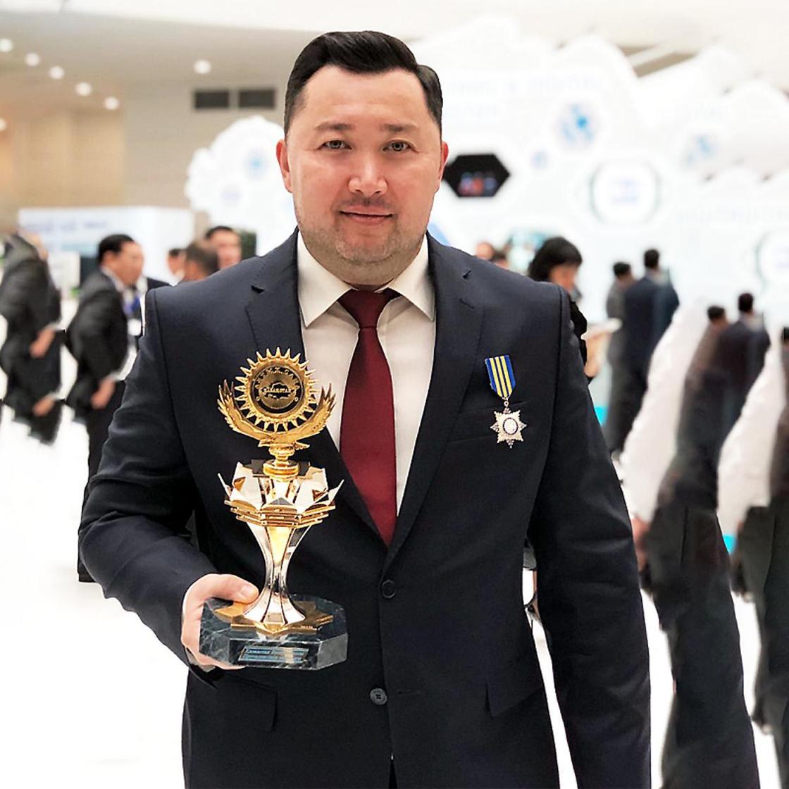 Сеть КДЛ ОЛИМП получила президентскую премию «Алтын Сапа»