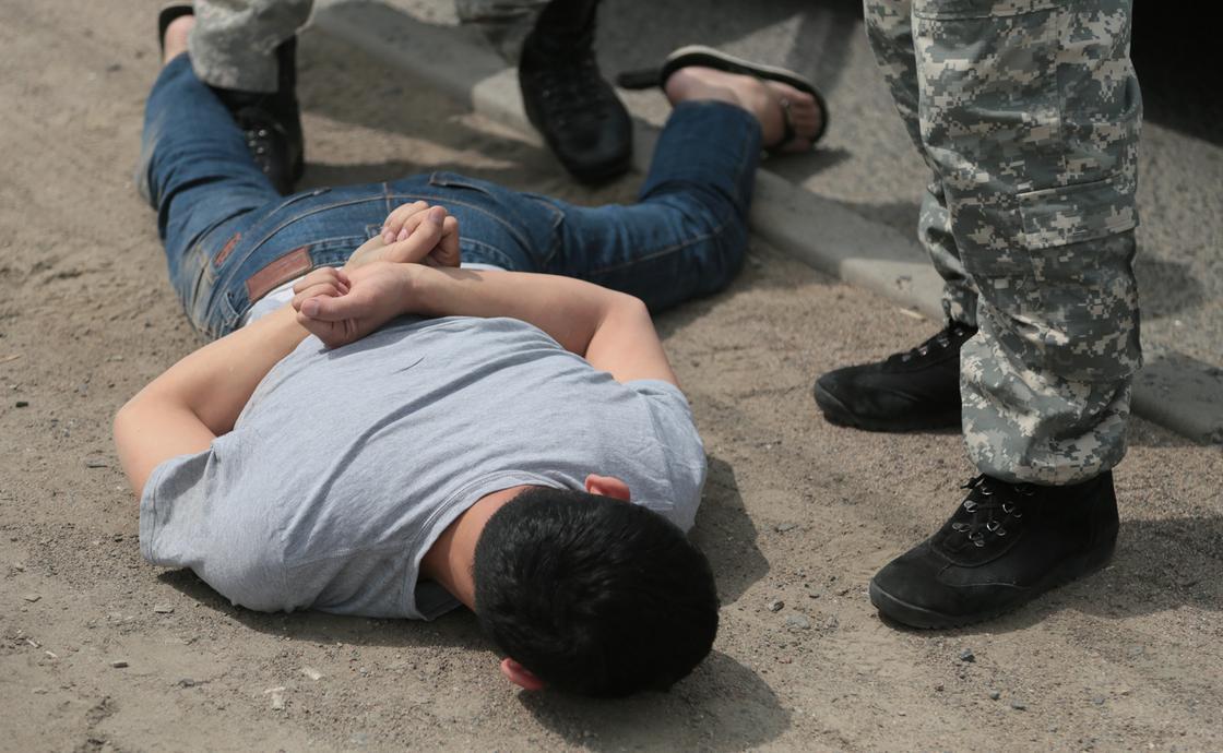 Задержан подозреваемый в убийстве девушки в парке Алматы