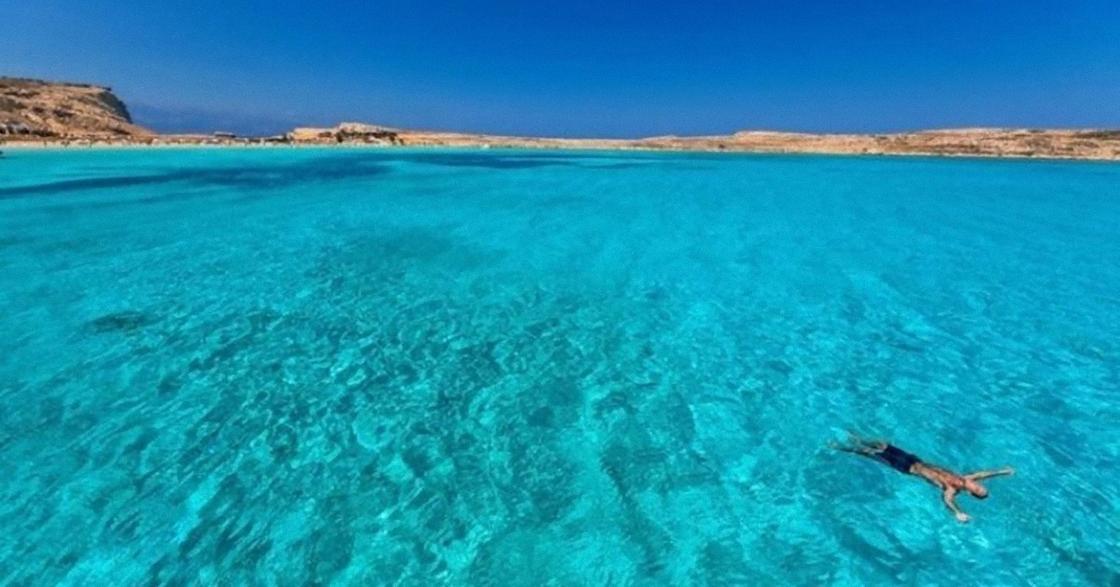 Голубое море и небо