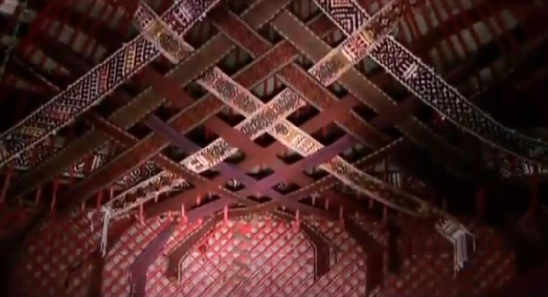 Потолок юрты