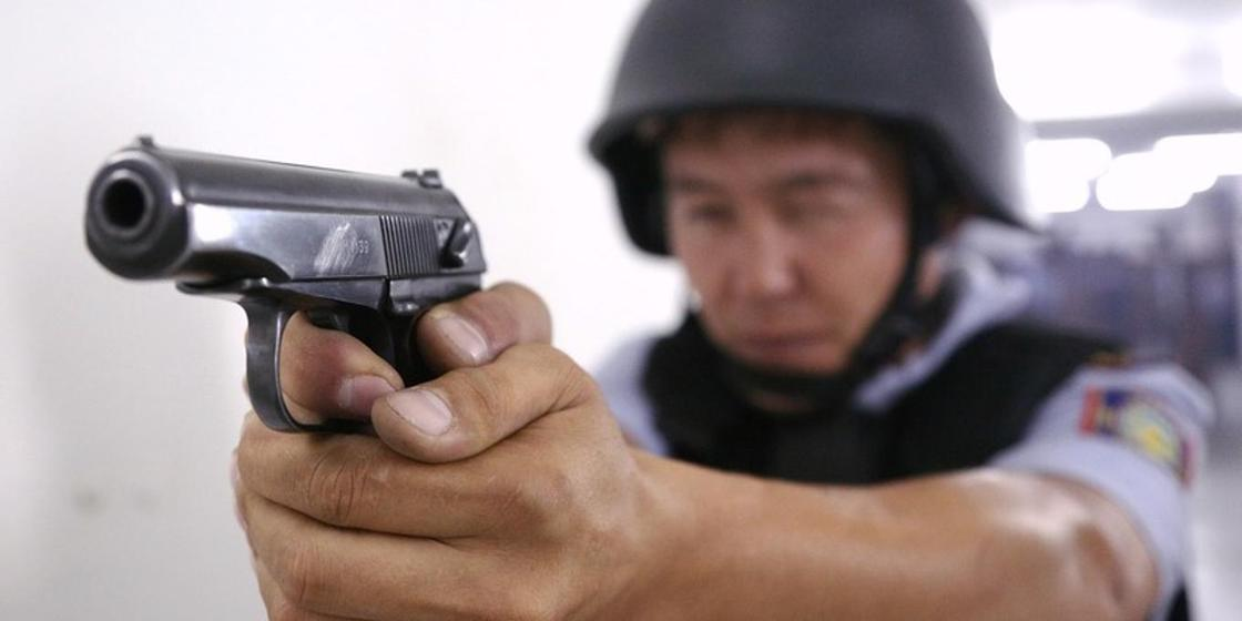 Ұлттық бюро қызметкерлеріне оқ атқан полицейлердің басшылығы қызметтен босатылды