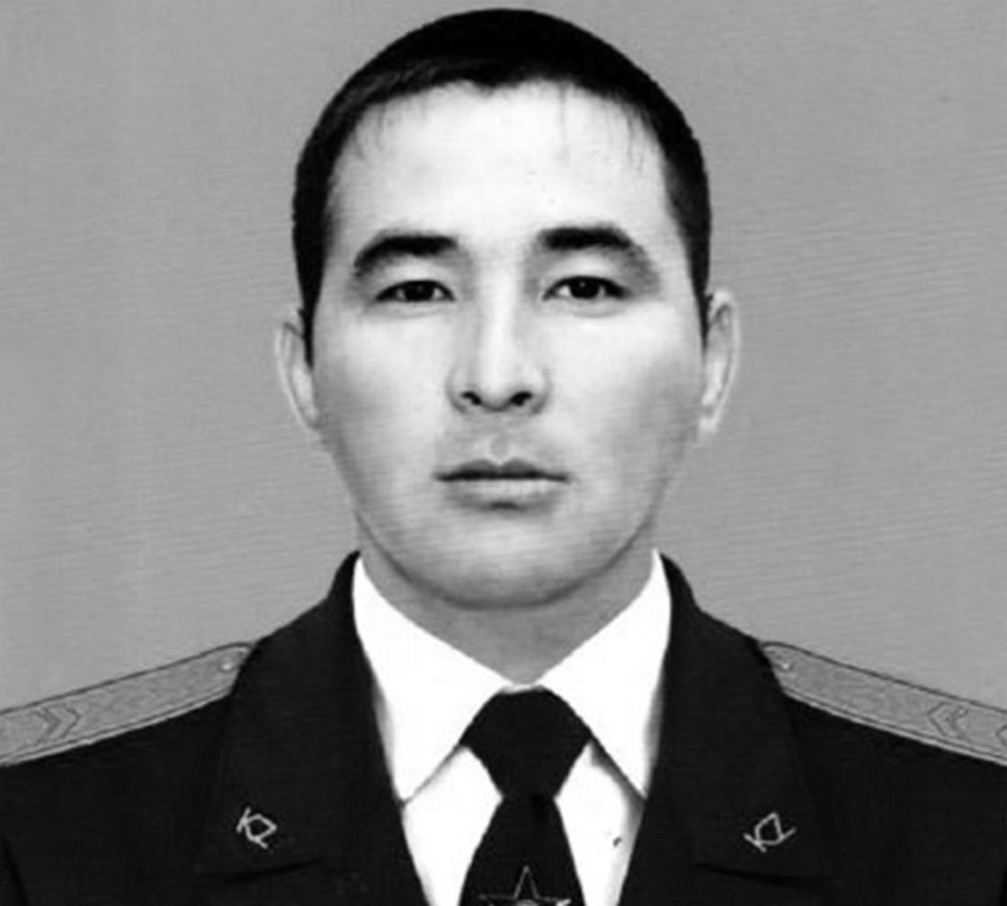 Старшина Еркин Надирбеков