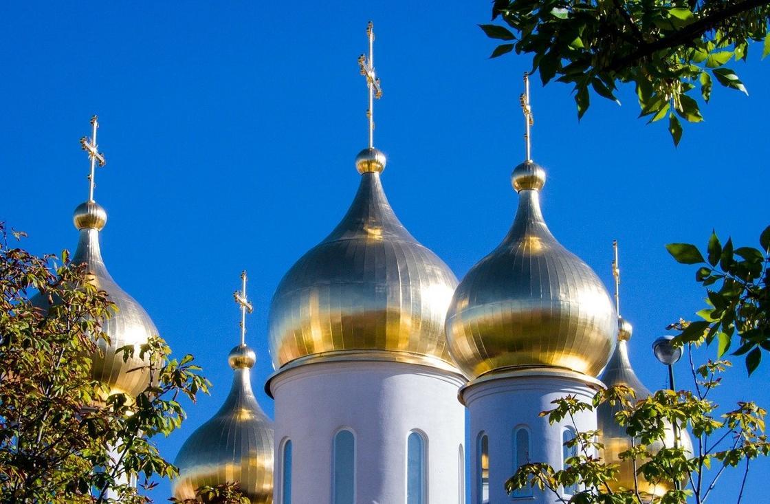 Как православным христианам проводить похороны в условиях пандемии