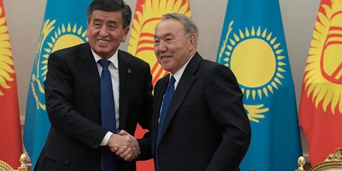 С кем Назарбаев часто разговаривает по телефону