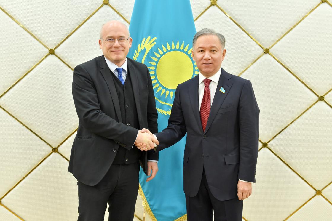 Нигматулин принял посла Австрии в Казахстане