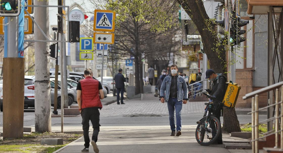 Какие предприятия заработают в Алматы и Нур-Султане с 20 апреля
