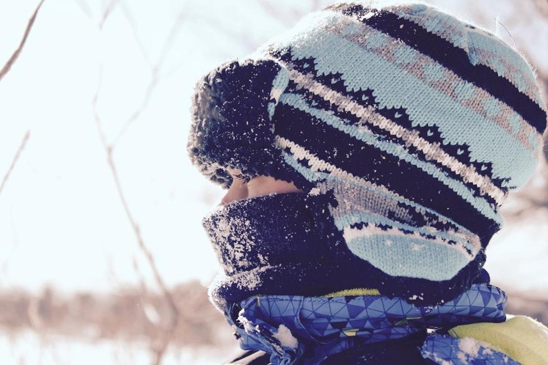 «Просим не выходить из дома»: астанчан напугали рассылкой о морозах до 50 градусов