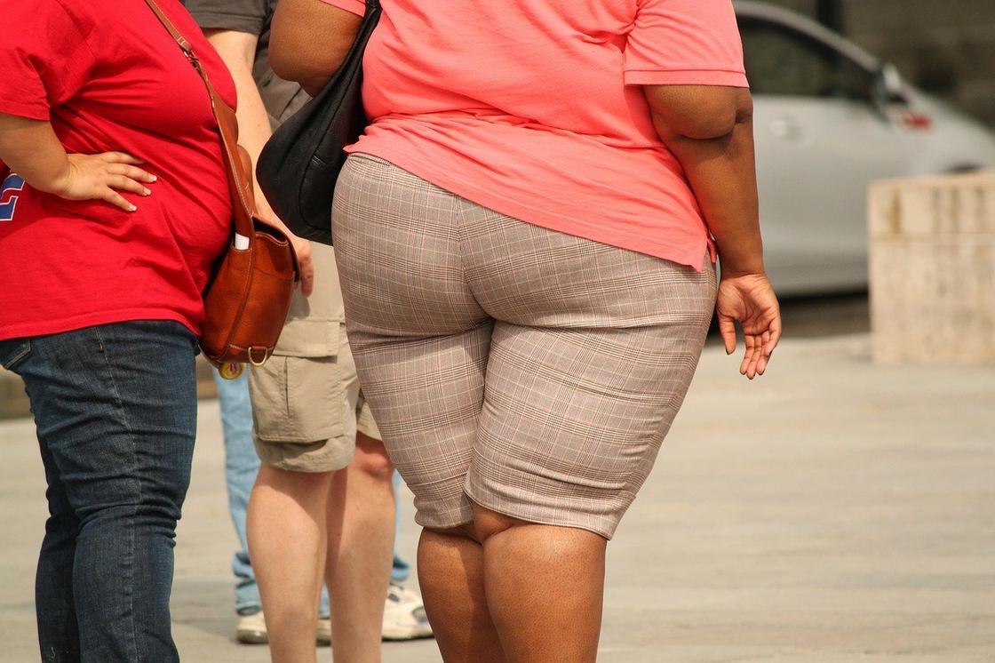Как не набрать лишний вес на карантине, рассказал диетолог
