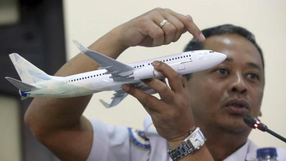 """Крушение """"боинга"""" в Индонезии: самолет не должен был подниматься в воздух"""