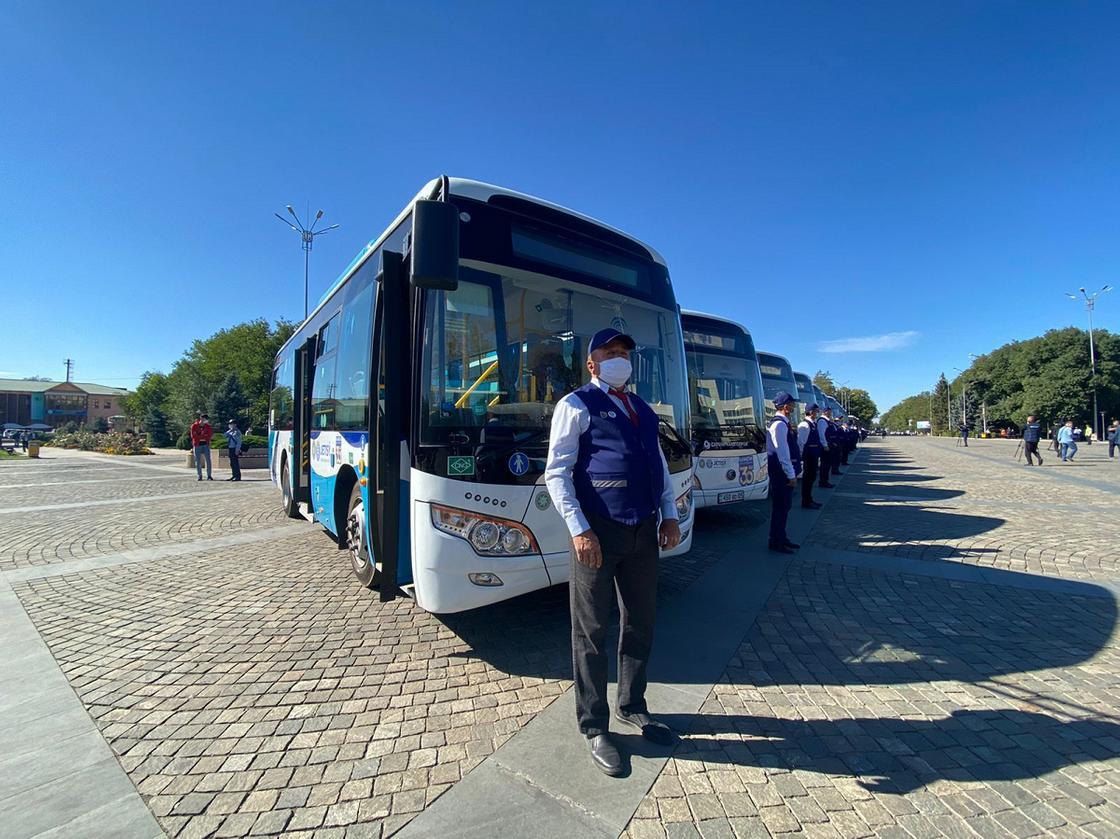Водители автобусов