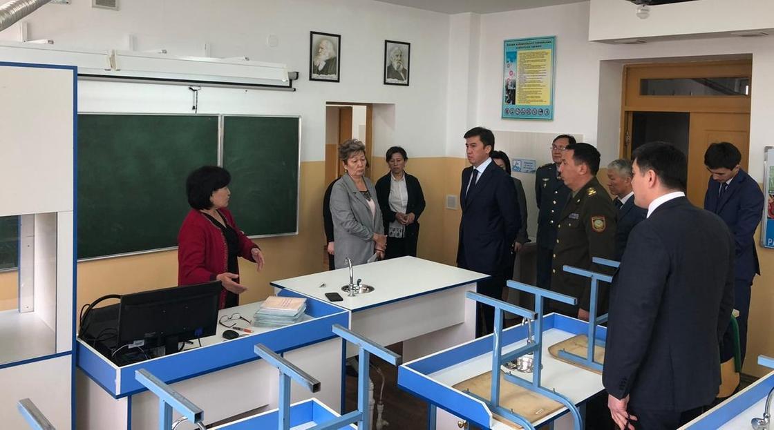 Массовое отравление в школе Шымкента: утечка природного газа не подтвердилась