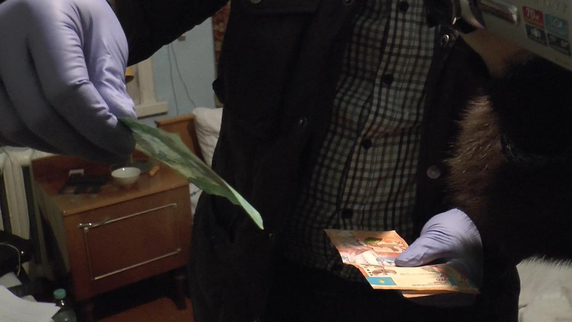 Крупный наркосбытчик задержан в Алматы (фото)