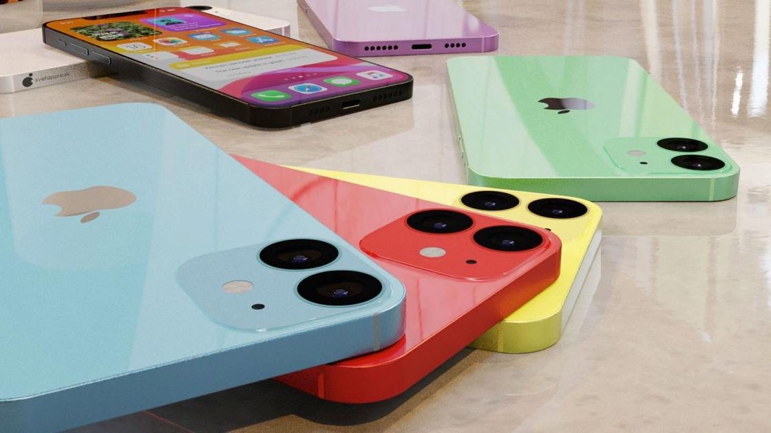 6 разных смартфонов лежат на столе