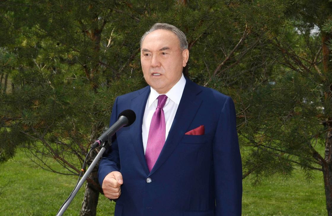 Назарбаев выступил с видеообращением