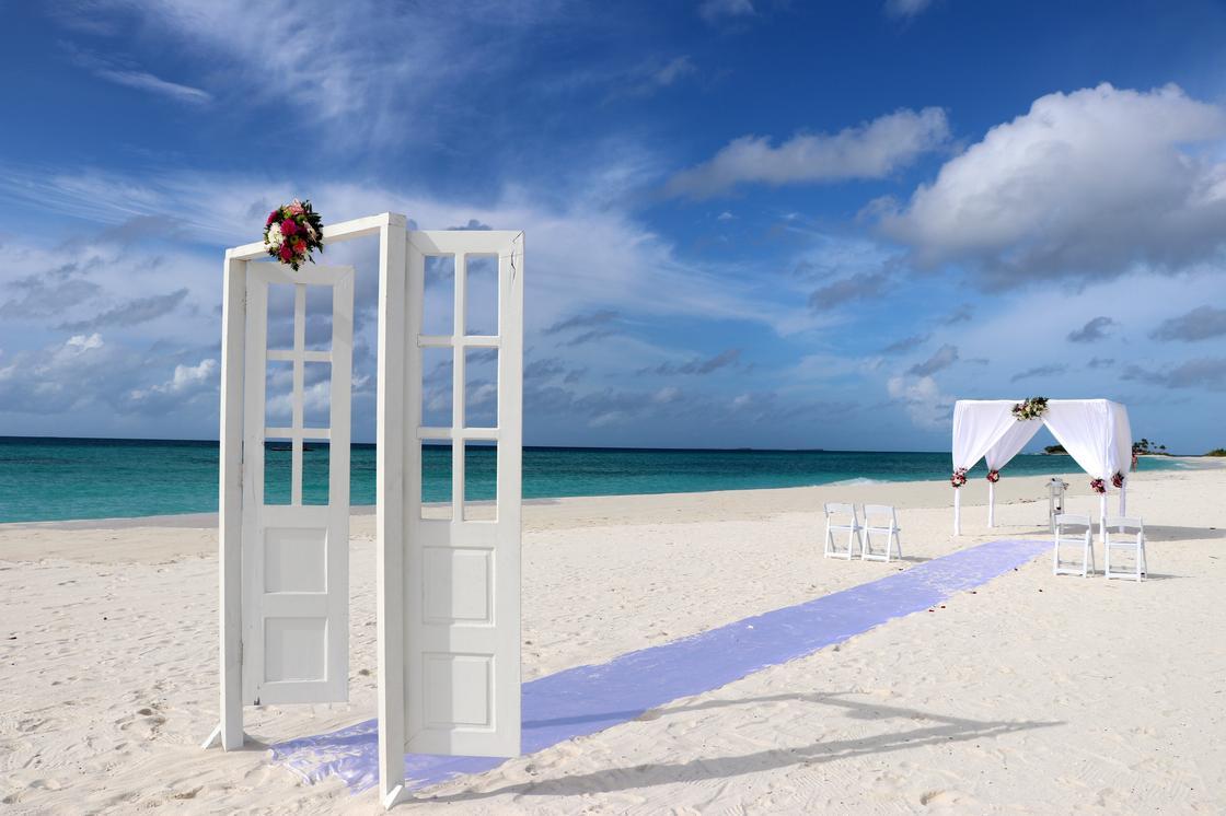 Свадебная арка на пляже