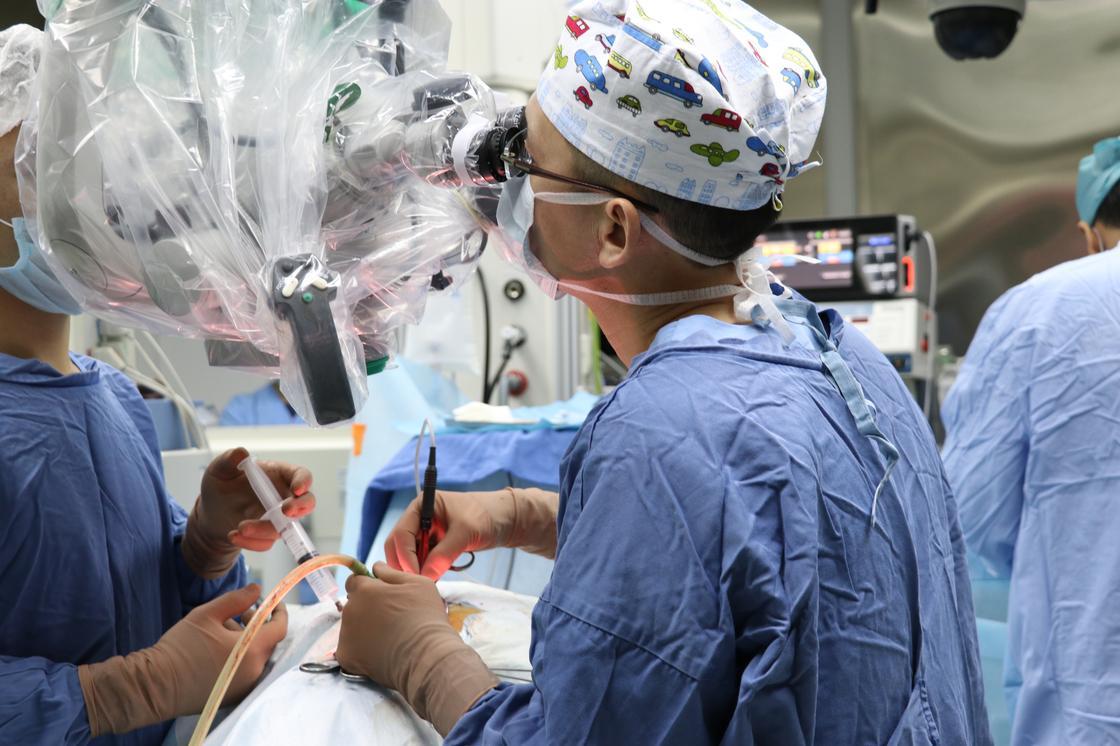 Более 7 тыс. уникальных операций провели в Национальном центре нейрохирургии