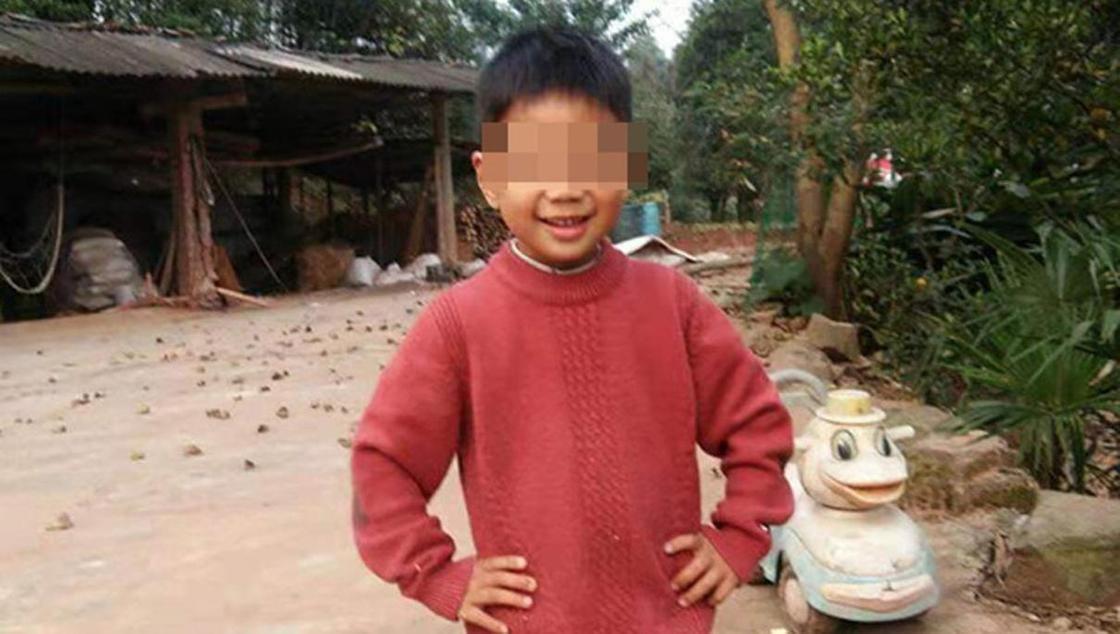 Сердце утонувшего в пруду мальчика не билось 2 часа, но произошло чудо