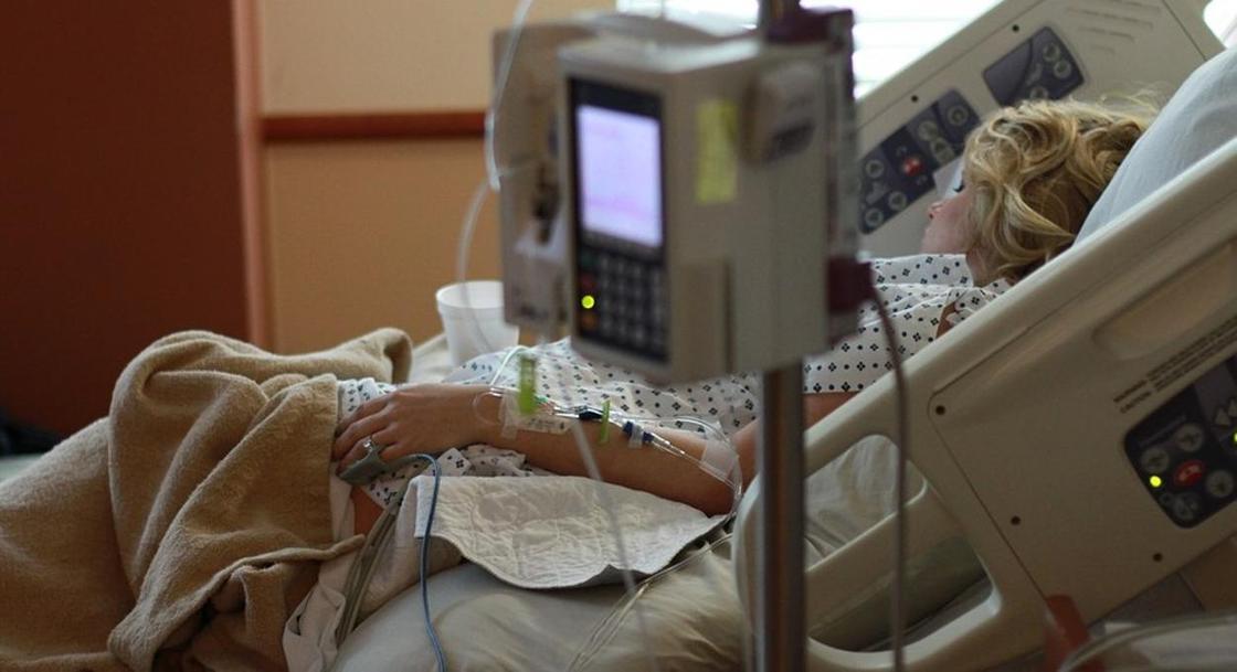 Неразлучные близнецы умерли от коронавируса с разницей в несколько дней