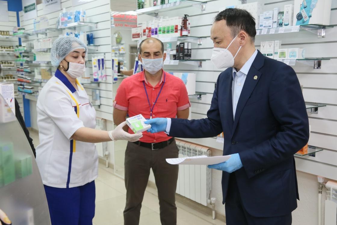 В Костанайской области выделили 300 миллионов тенге в помощь аптекам региона