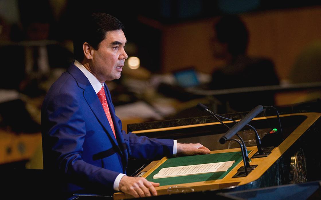 Президент Туркменистана съехал от родителей, чтобы не заразить их коронавирусом