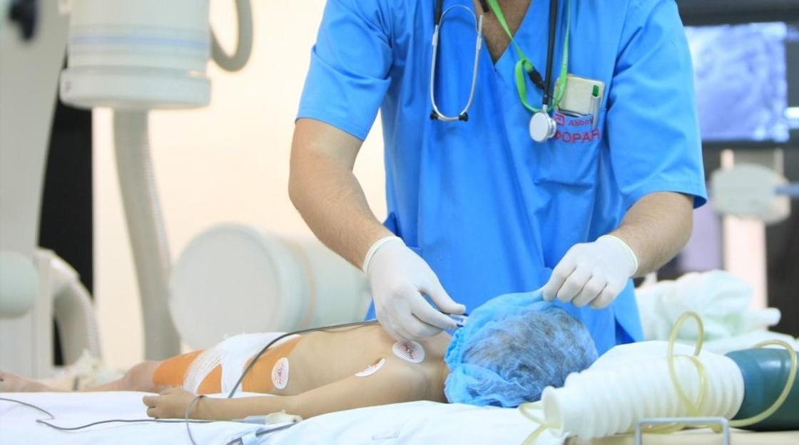 """""""Сообщили, что ребенок умирает"""": 20 млн тенге выплатил казахстанский центр за ошибку корейского доктора"""