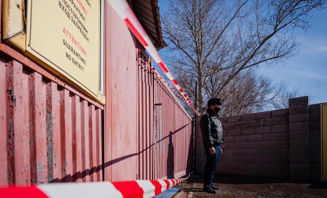 Подъезды, общежития и медучреждения: 16 объектов закрыты на карантин в Нур-Султане