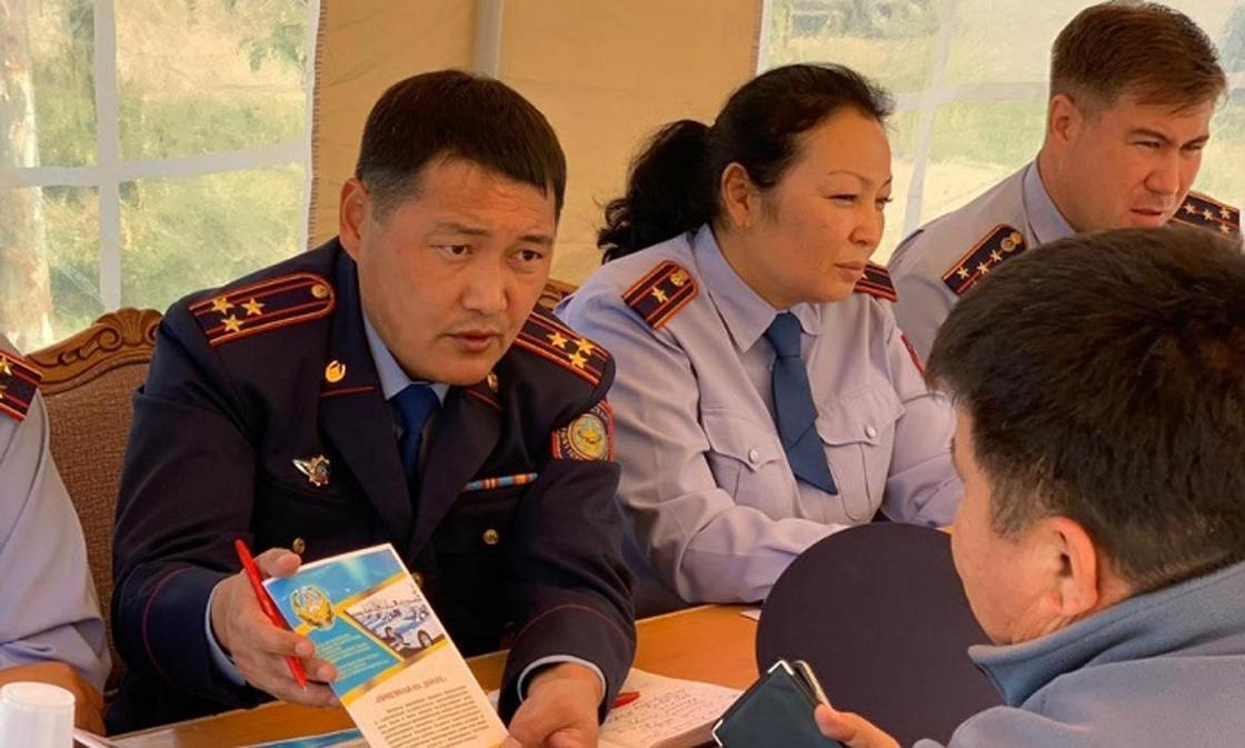 Дорожной и имущественной безопасностью обеспокоены жители Карасайского района Алматинской области