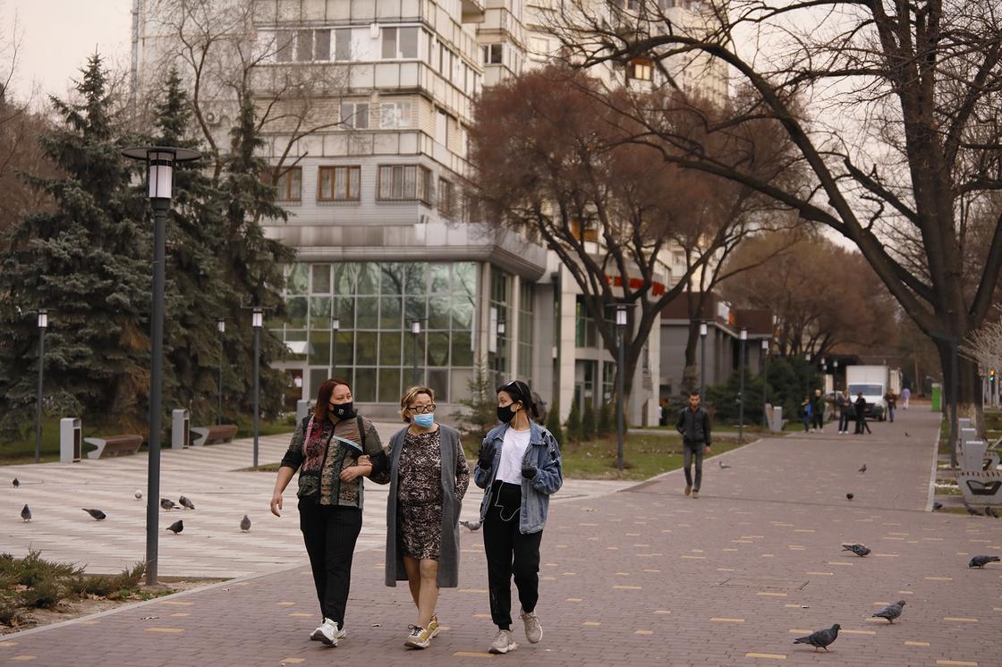 """""""Алматинцы дома"""": уровень самоизоляции в Алматы составил 4,4 из 5 баллов"""