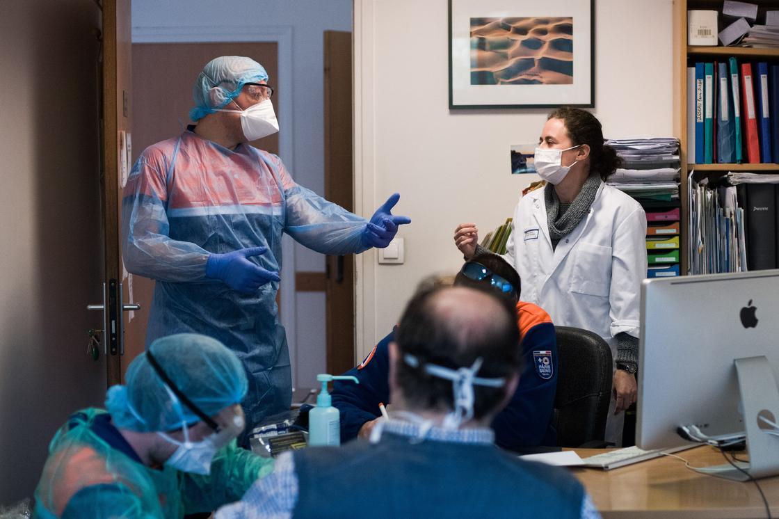 """""""Это слишком"""": американские врачи рассказали о борьбе с эпидемией"""