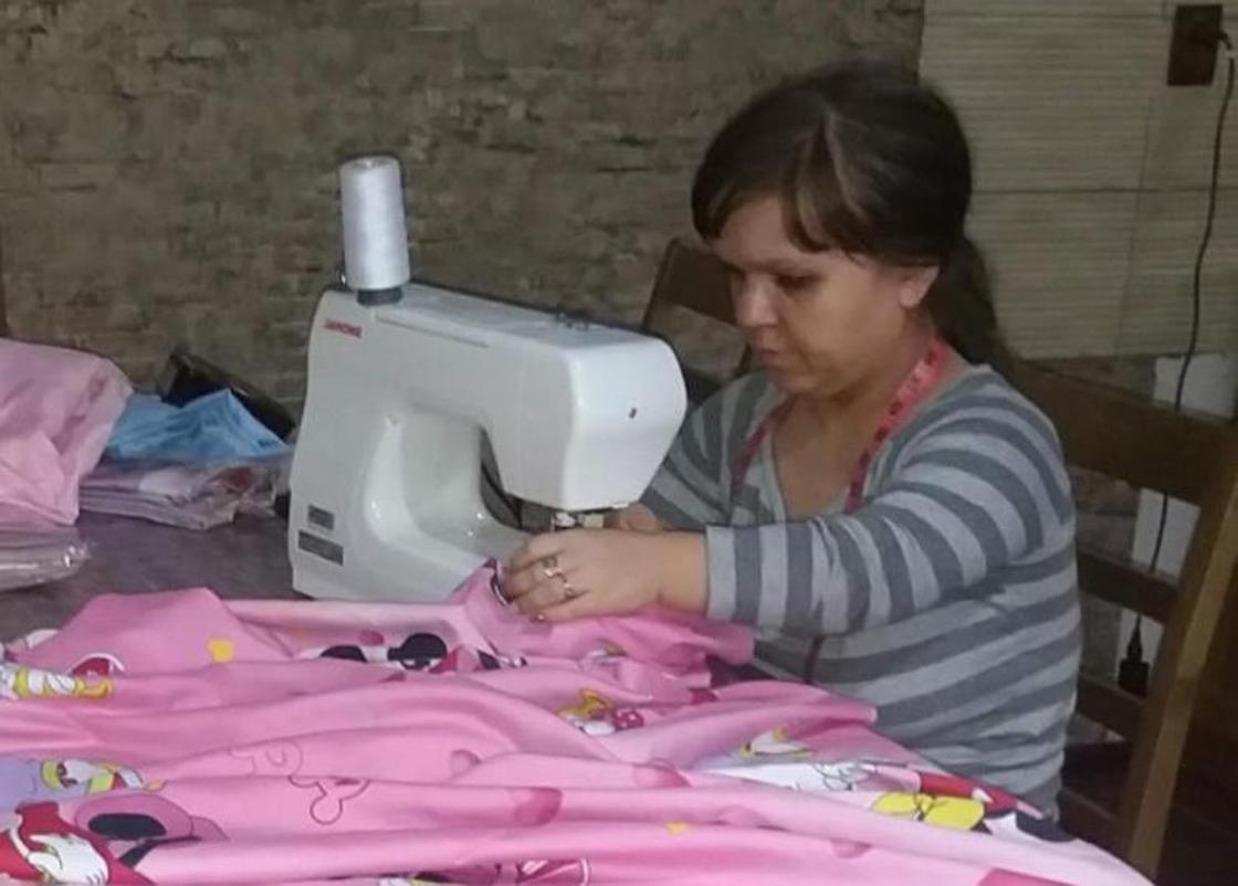 Новые рабочие места: девушка из Тараза открыла ателье за 1 млн тенге