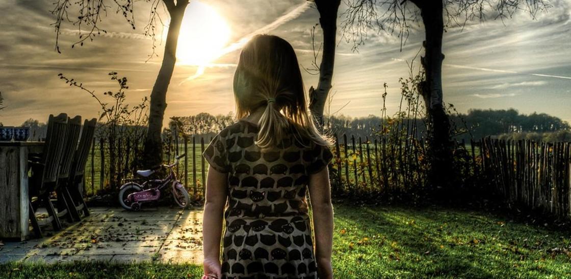 О судьбе «девочки-маугли» рассказали в отделе образования Караганды