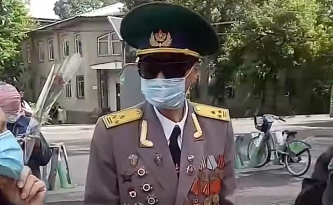 Ветеран Иван Абдулов