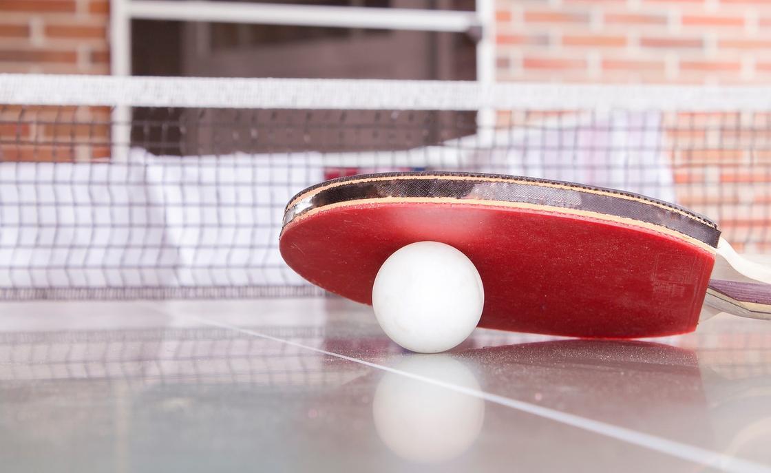 Директора филиала Нацбанка арестовали за игру в теннис в Кокшетау