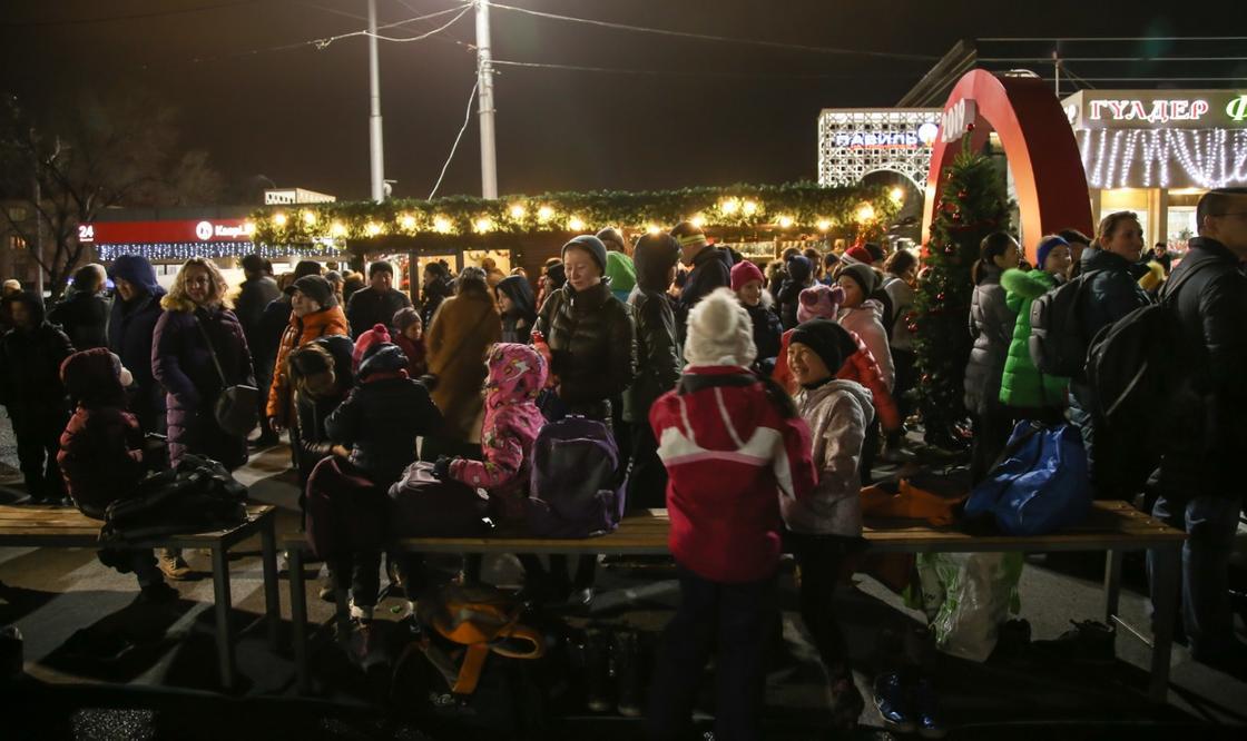 Новые бесплатные ледовые катки открываются в Алматы (фото)