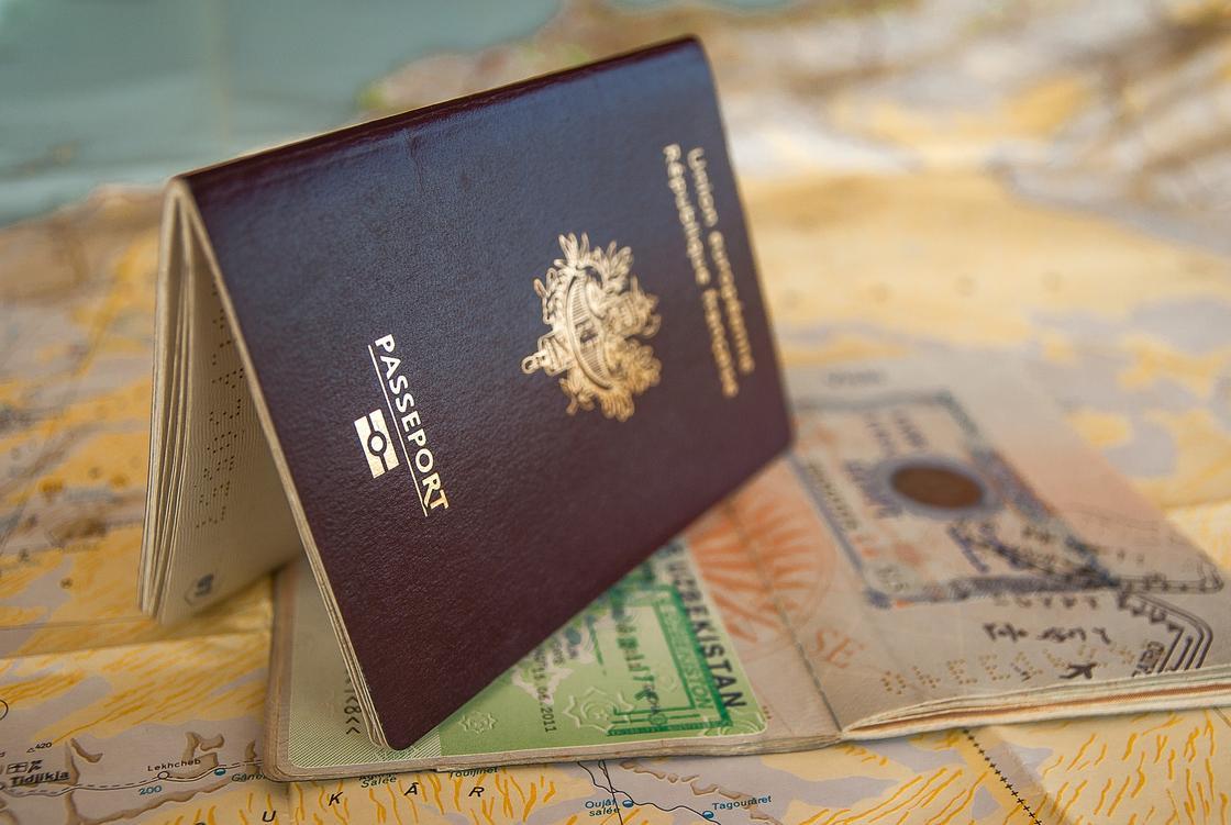 Иностранцам облегчили получение визы в Казахстан