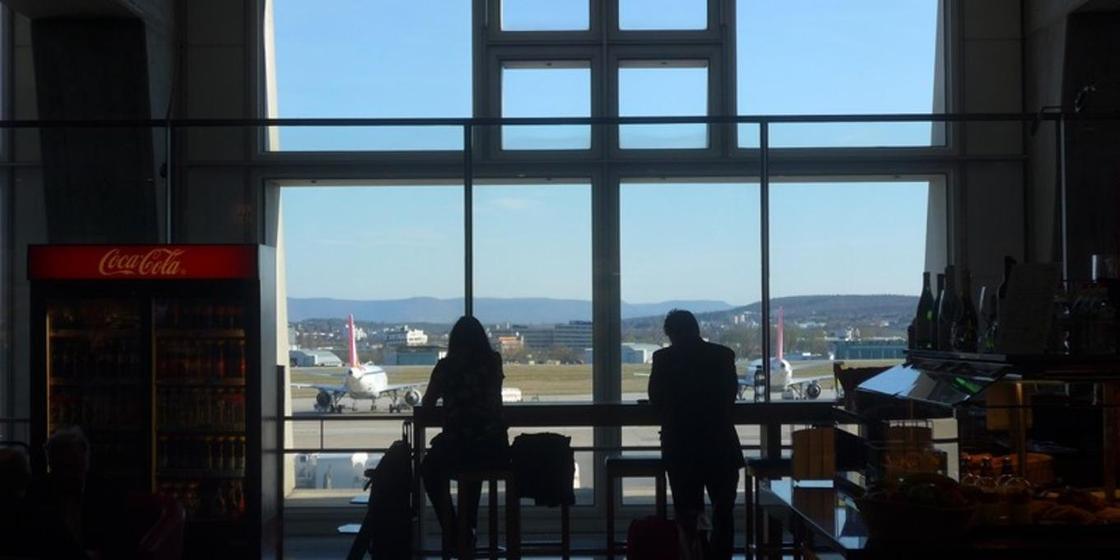 Қазақстандық бойжеткен Air Astana-дан кешкі асын төлеп беруді талап етті